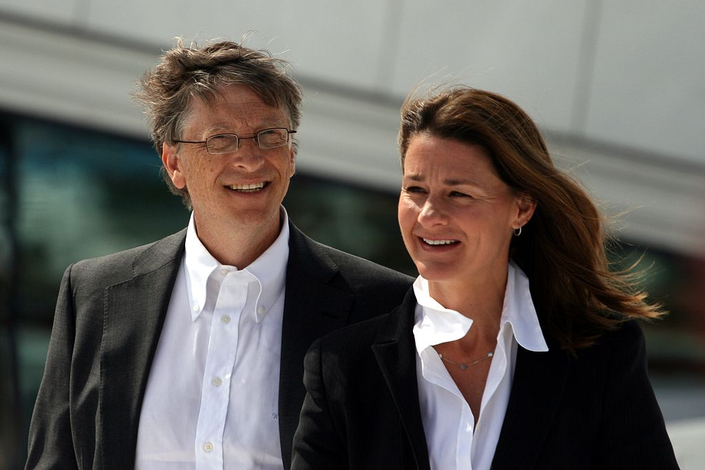 "Bill Gates: ""It Makes Sense To Believe In God"" / Bill Gates: ""Tin Chúa Là Khôn Ngoan"""